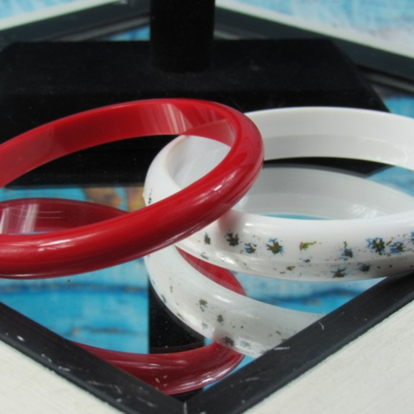 Jewelry - Vintage Bangles, Red Bangle, White Floral Bangle